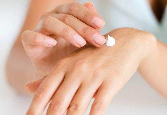 Intensīvas roku mazgāšanas laikā, parūpējies par atbilstošu roku ādas kopšanu
